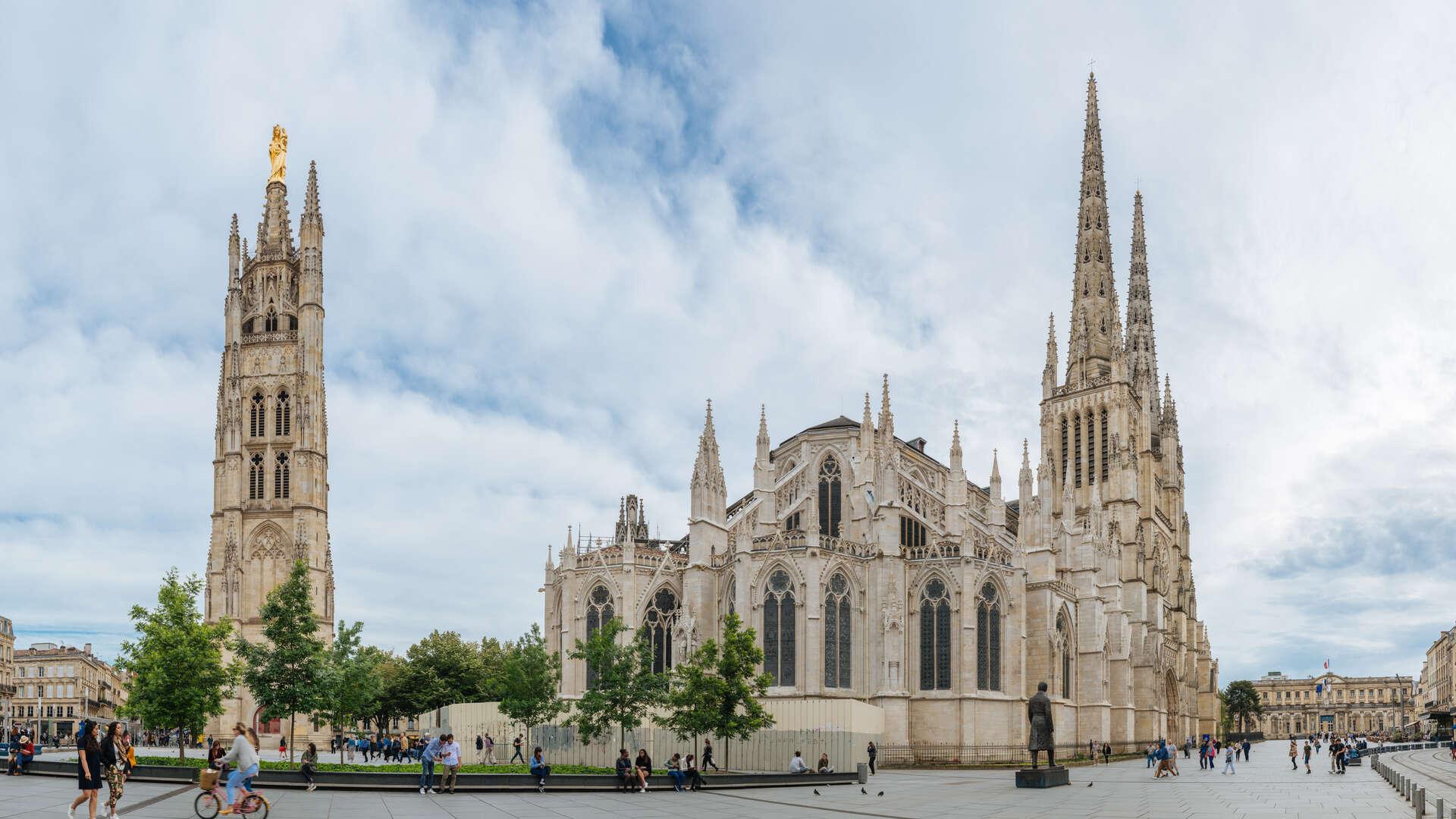 Cathédrale Saint-Andre et Tour Pey Berland